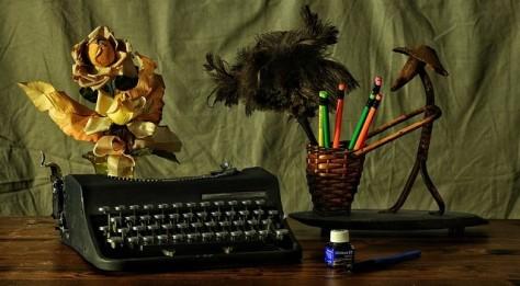 Escritorio de escritor. Asesoría en escritura de poemas